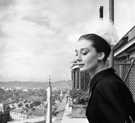 Audrey Hepburn, más allá del icono fotográfico en la National Portrait Gallery de Londres