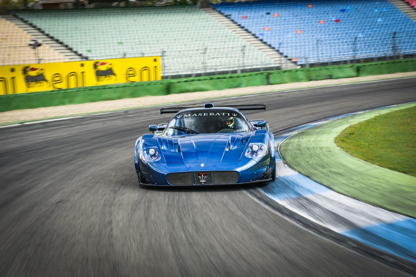"Foto de Maserati ""edo MC12 VC"" (14/21)"