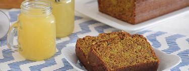 Bizcocho integral de plátano con cúrcuma y pistachos: receta original para alegrar desayunos y meriendas