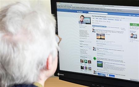 Facebook es una red social para viejos, los usuarios jóvenes prefieren Snapchat e Instagram