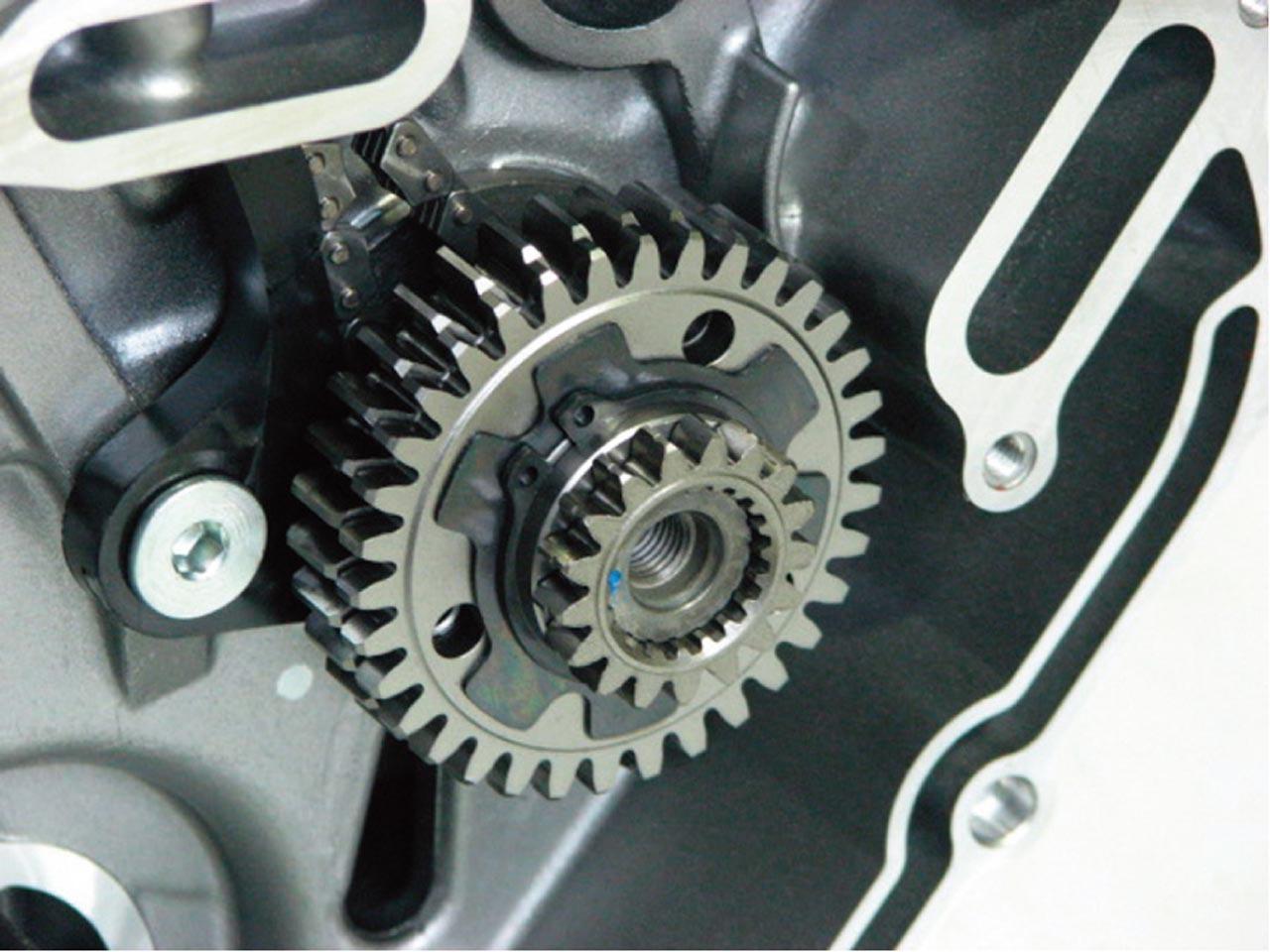 Foto de Suzuki V-Strom 650 2012, fotos de detalles y estudio (33/50)