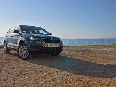 Probamos el nuevo Škoda Karoq, un SUV espacioso y bien acabado que quiere ensombrecer al Ateca