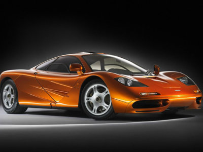 McLaren F1 vs P1, EVO se atrevió a hacerlo