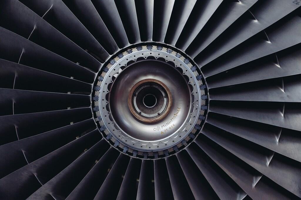 De rugir como un motor de avión a sonar como un secador de pelo: la promesa de un grupo de investigadores con su aerogel aislante