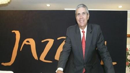 Jazztel se estanca en Banda Ancha fija mientras desarrolla su despliegue de FTTH