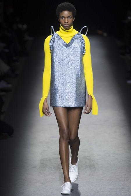 Clonados y pillados: si tú también te enamoraste del vestido de Jacquemus ahora tienes una nueva versión en Bimba y Lola