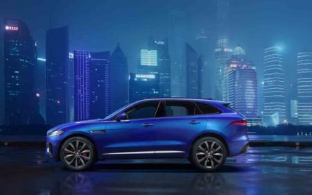 Ya tenemos la primera imagen oficial del Jaguar F-Pace