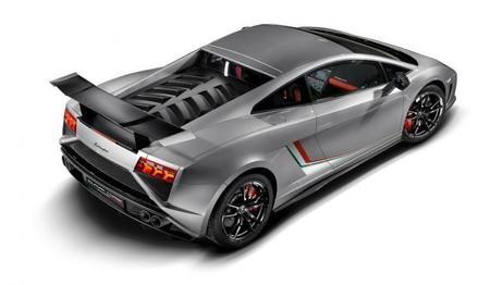 Lamborghini Gallardo LP-570 Squadra Corse, por fin lo vemos en pista