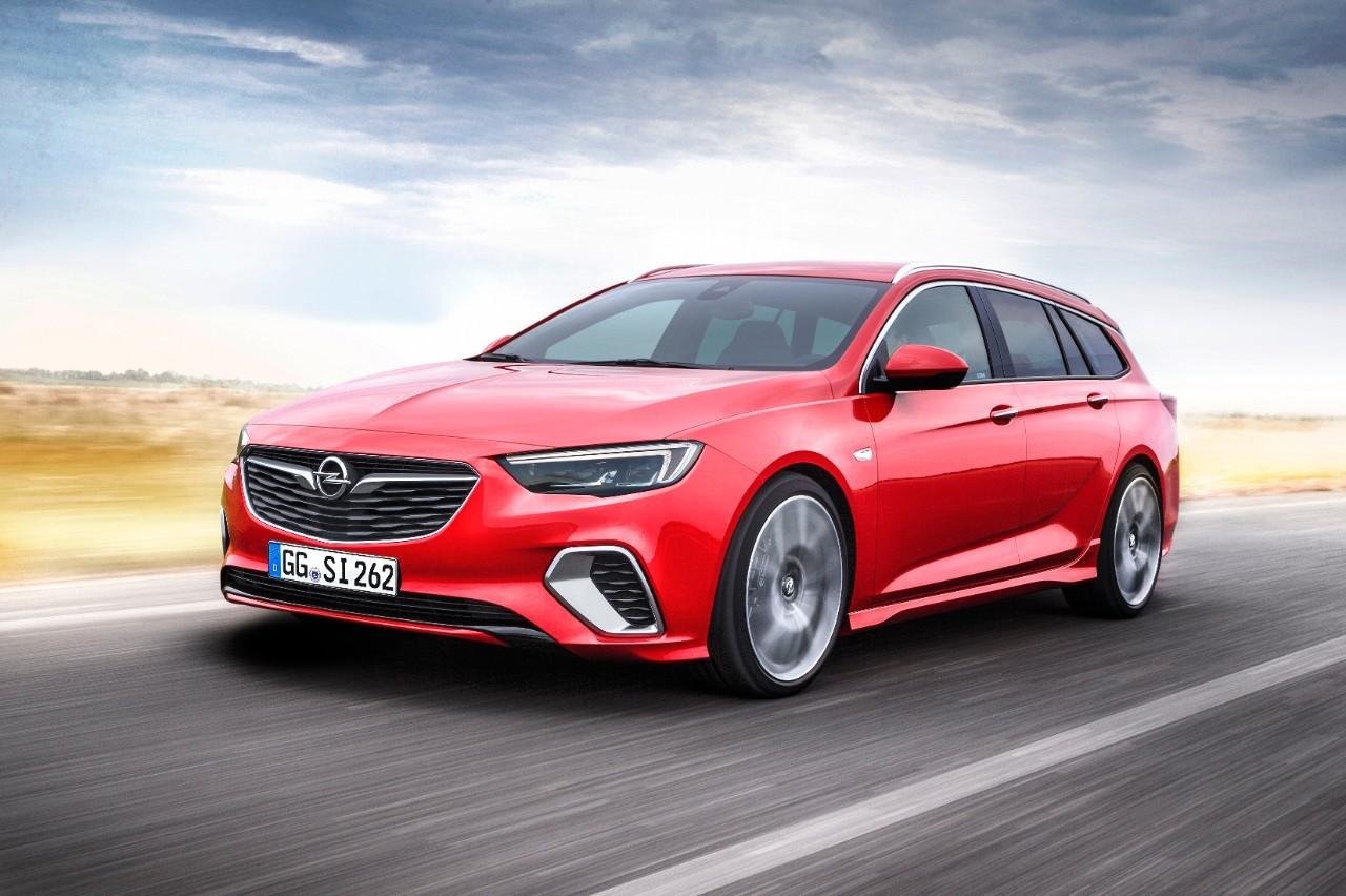 Foto de Opel Insignia GSi Sports Tourer 2018 (3/8)