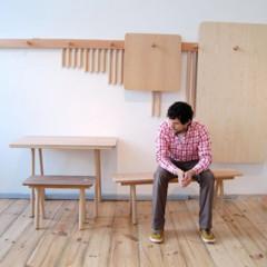 Foto 7 de 7 de la galería mesas-y-taburetes-que-se-guardan-colgados-en-la-pared en Decoesfera