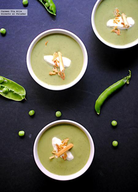 Sopa fría de guisantes a la menta