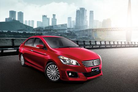 El Suzuki Ciaz se pone al día en México con CarPlay, Android Auto, GPS y nueva versión RS