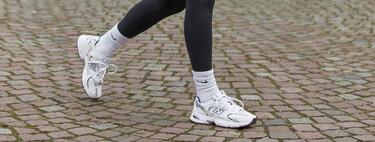 Llega una tendencia que horrorizará a más de una: los calcetines se lucen por encima del legging