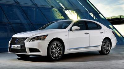 Lexus renovará su buque insignia (LS) en dos años