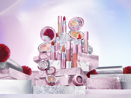 Mac Fy21 Frostedfirework Ambient Chinacolour Group R6 Final 150dpi