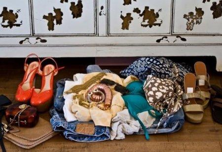 ¿Que llevo en la maleta? Las blogger Karla nos muestra que elige para una escapada a un lugar con sol y playa