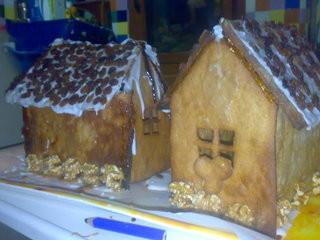Casitas de Navidad hechas con galleta
