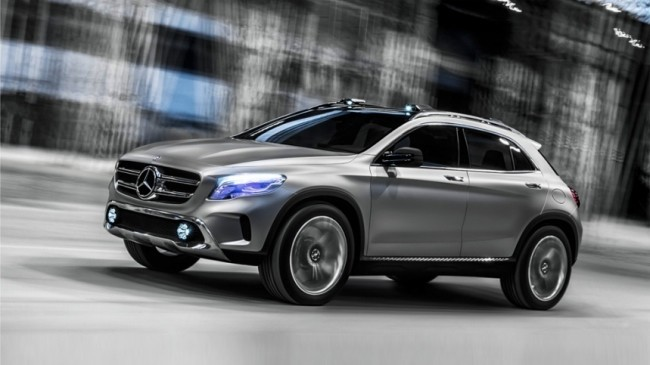 Mercedes GLA luces láser