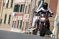 "Publicada la ""biblia"" de la Ducati Monster"