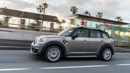 Mini Cooper S E Countryman All4 1