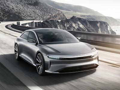 Lucid Motors sigue a lo suyo: la berlina eléctrica 'Air' alcanza 378 km/h en busca de inversores