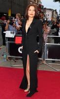 Jessie J también se pasa al castaño Louis Vuitton, o al castaño a secas