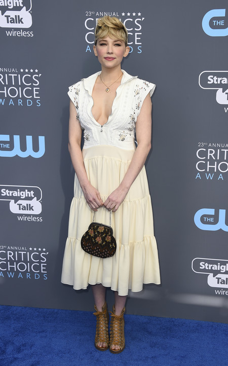 Haley Bennett critics choice awards alfombra roja