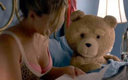 Taquilla USA: 'Ted 2' no cumple las expectativas y 'Jurassic World' sigue arrasando