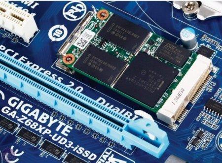 Placas base con SSD integrado, ¿es éste el futuro?