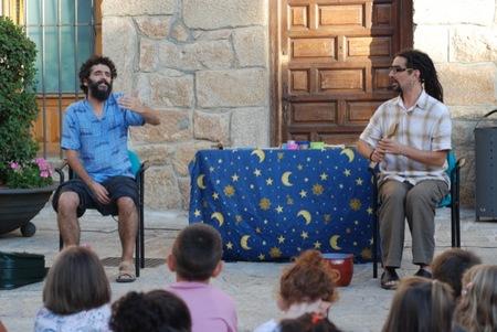 Se mantienen los cuentacuentos tradicionales en los pueblos de España