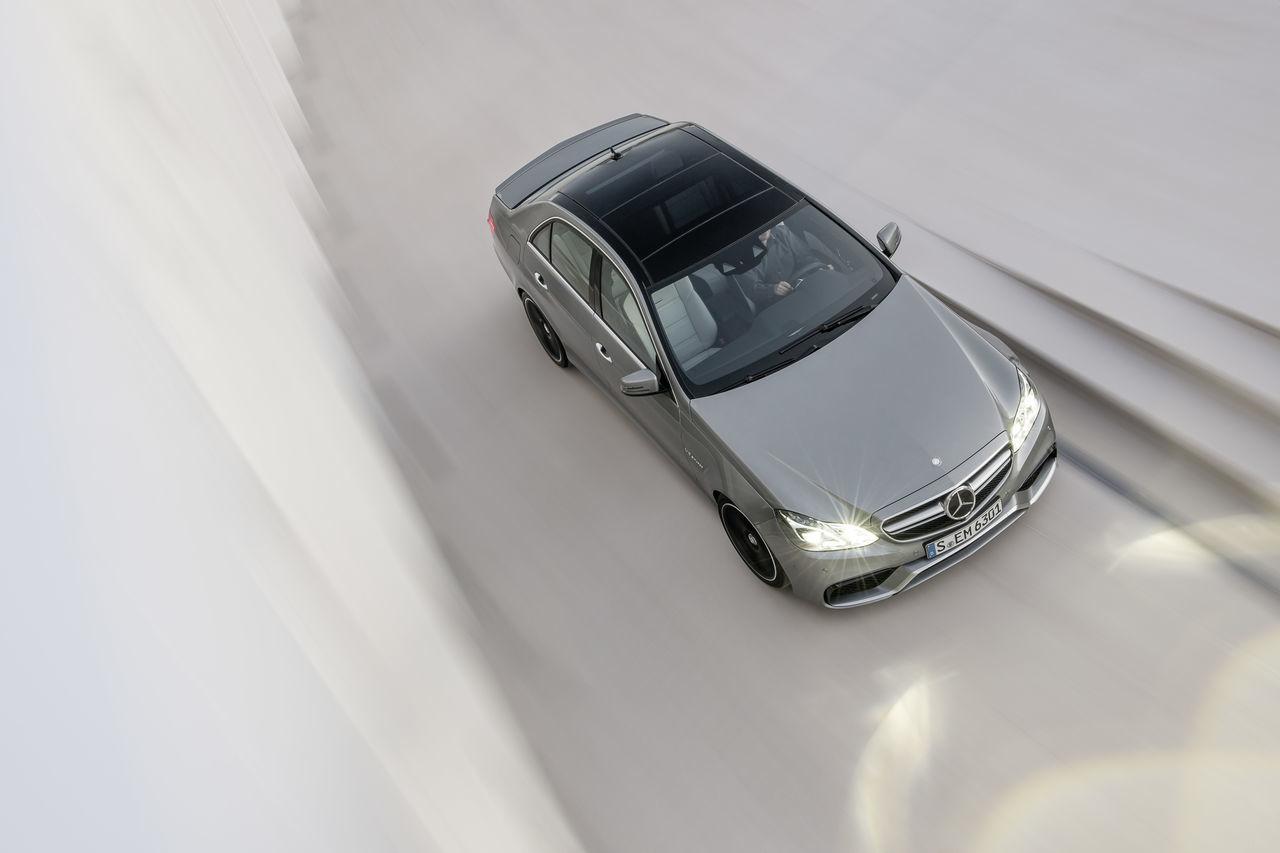 Foto de Mercedes-Benz E 63 AMG 2013 (11/31)