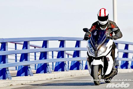 Motorpasión a dos ruedas: visitamos el Noyes Camp, MotoMadrid, Jerez y probamos la Kymco K-XCT 125i/300i