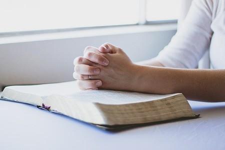 Un nuevo modelo psicológico habla de las religiones seculares: posicionamientos extremos en diversos temas