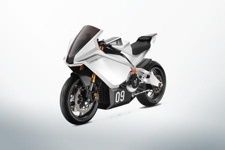 Segway da el salto a las motos eléctricas deportivas con un prototipo de 150 CV y 200 km/h de velocidad punta