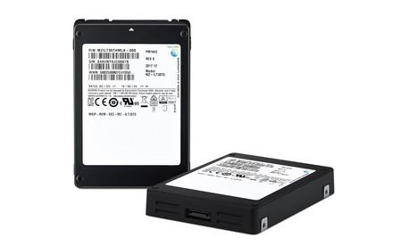 Samsung lanza su monstruosa unidad SSD: 30,72 TB para romper todos los récords