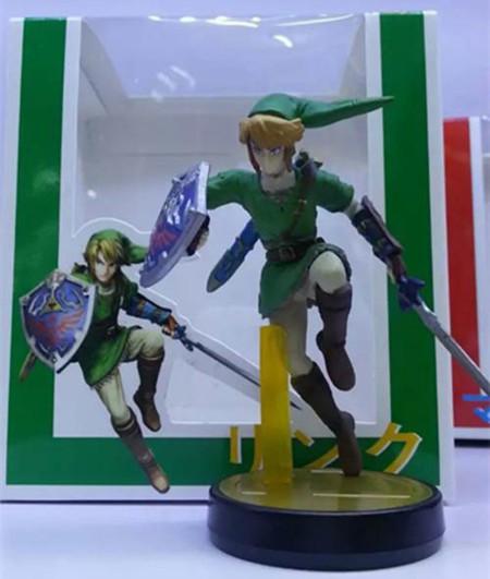 Link Amiibo Fake