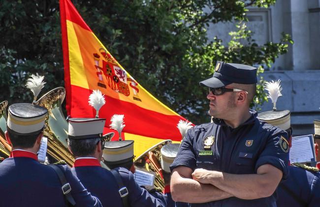 Parade 365007 1280