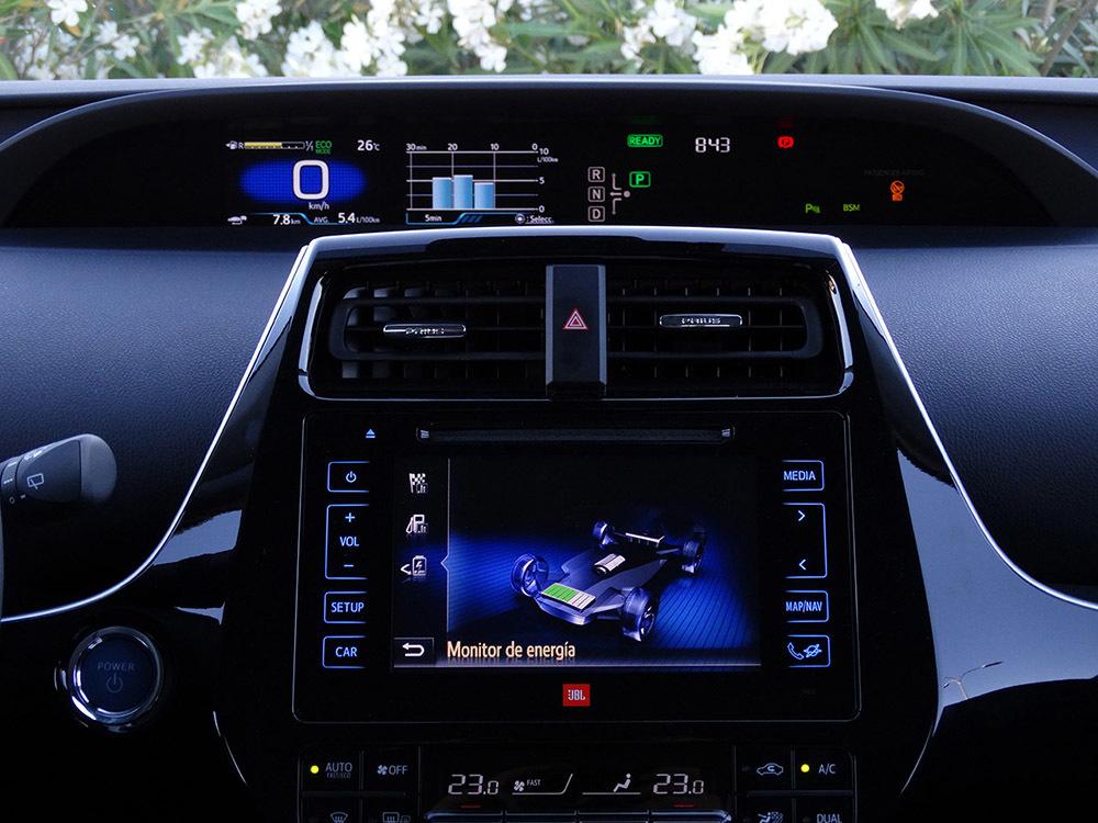 Foto de Prueba Toyota Prius 2016 interiores (15/39)