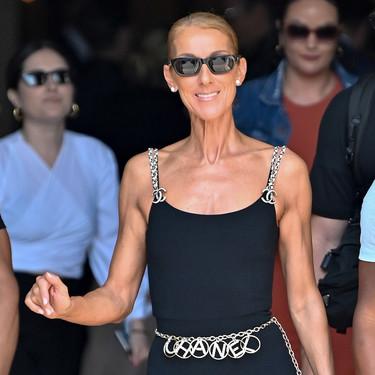 Este es el último estilismo de Céline Dion que rinde homenaje a Karl Lagerfeld (y a su trayectoria en Chanel)