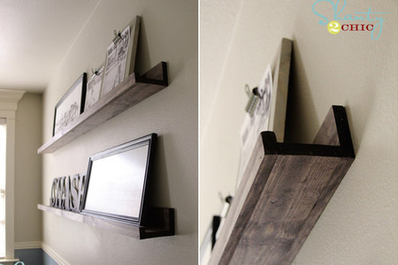 Una buena idea: fabrica tus propios estantes para cuadros