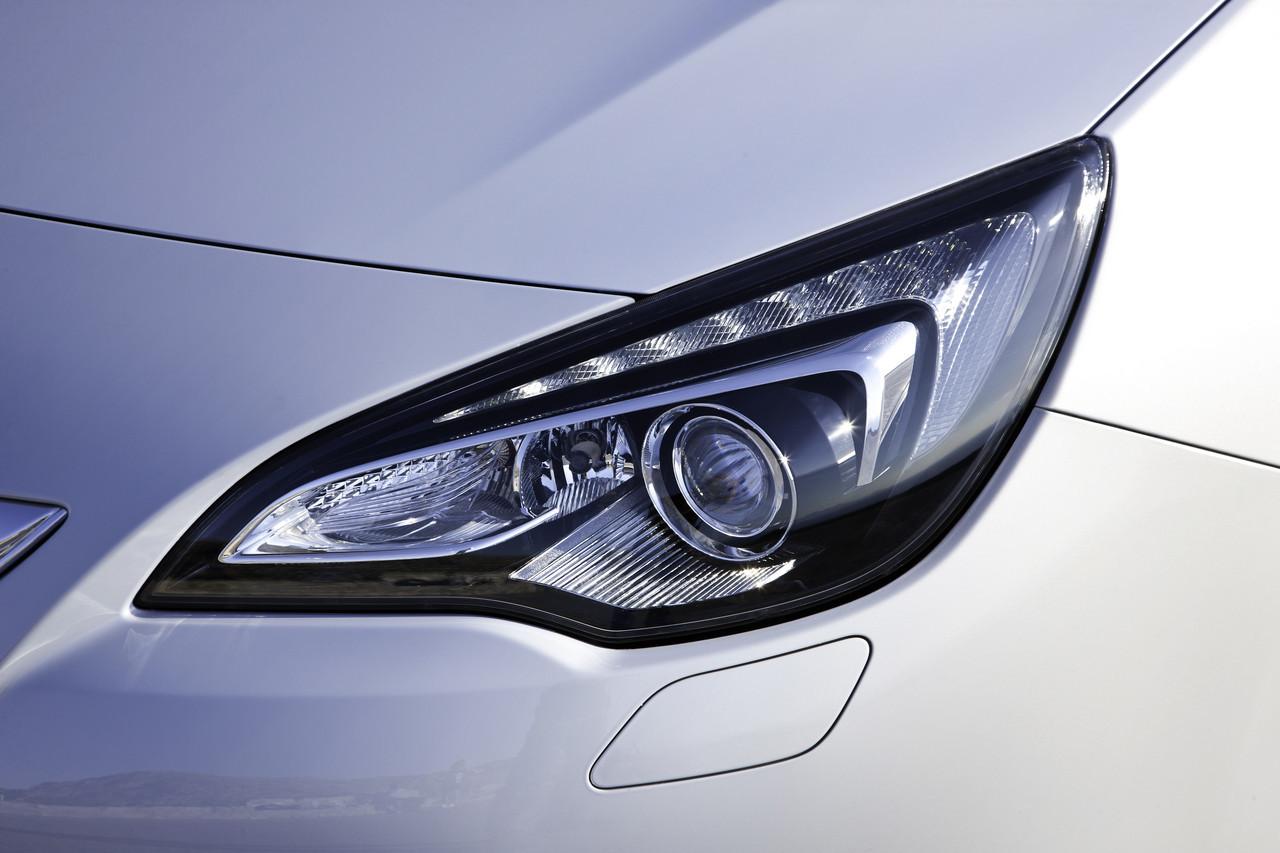 Foto de Opel Astra GTC (63/90)