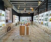 Otros espacios: Una tienda de aceite decorada por More&More Design