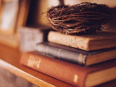 21 libros que el equipo de Xataka recomienda para tus lecturas de verano