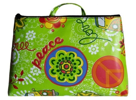 Colección de bolsos y riñonera de Arethaju