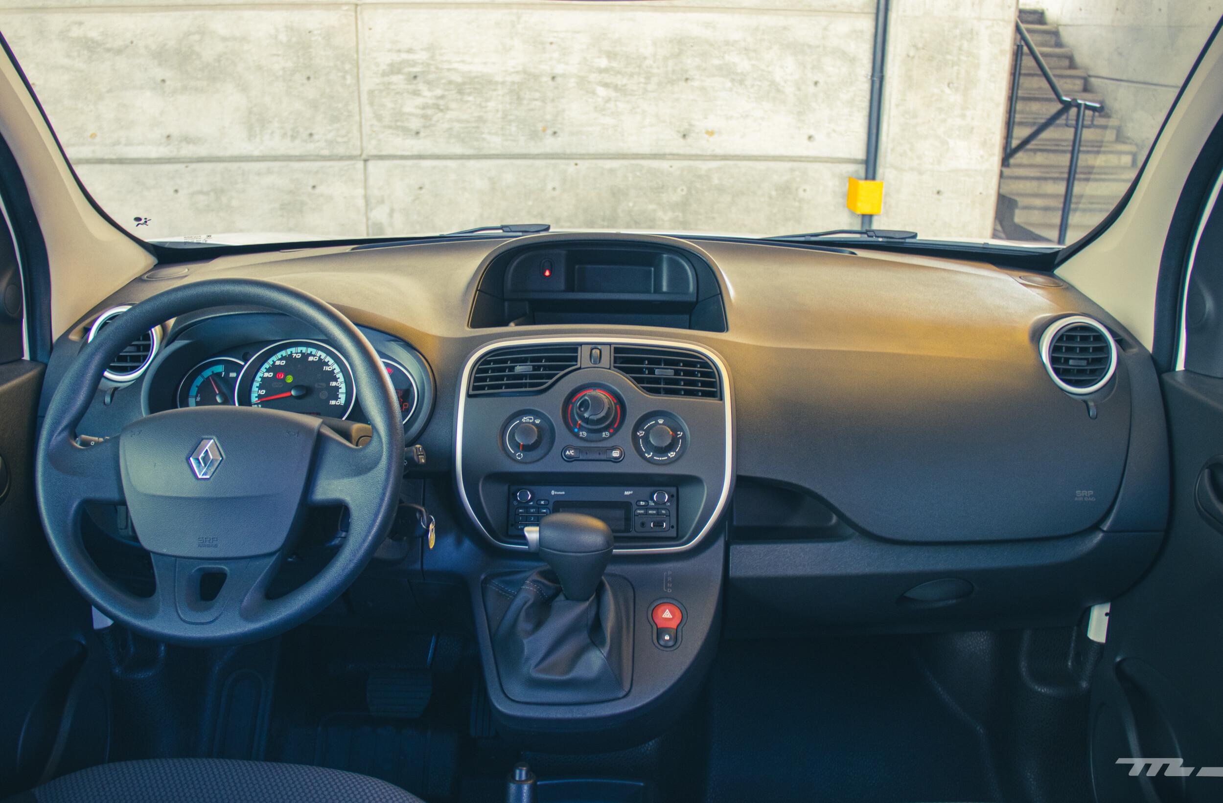 Foto de Renault Kango Z.E. Maxi 5 pasajeros (21/29)