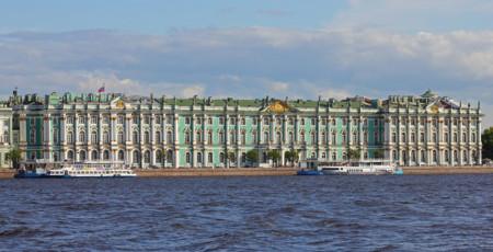 1200px Spb 06 2012 Palace Embankment Various 14