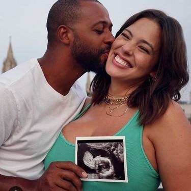 Ashley Graham está embarazada de su primer hijo
