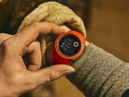 Garmin Instinct, el reloj deportivo para actividades outdoor, con un 40% de descuento en las ofertas del Black Friday de Amazon