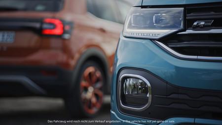 El Volkswagen T-Cross se insinúa brevemente, dos días antes de su debut oficial