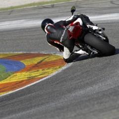 Foto 89 de 145 de la galería bmw-s1000rr-version-2012-siguendo-la-linea-marcada en Motorpasion Moto